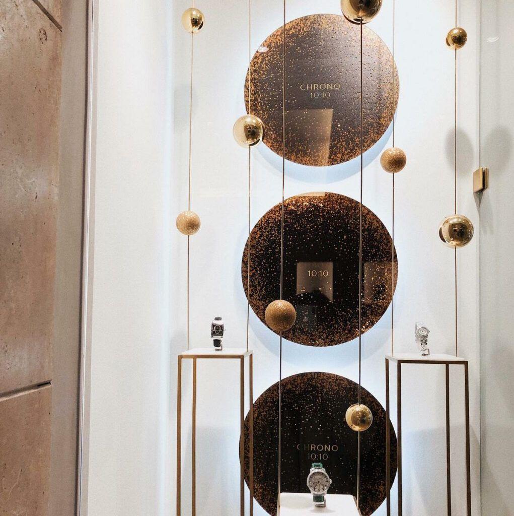 Pařížská ulice, luxusní butiky a drahé zboží
